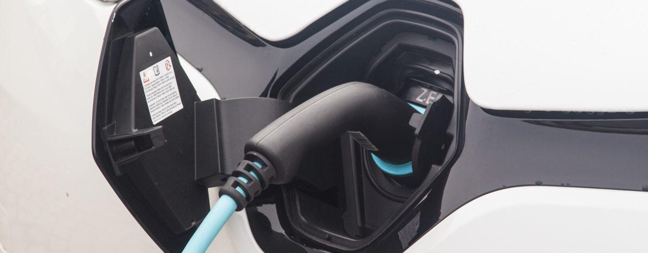 auto-elettrica-ibrida-elettrauto-officina